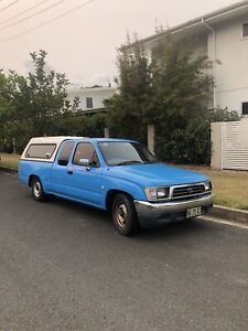2000 hilux xtra cab