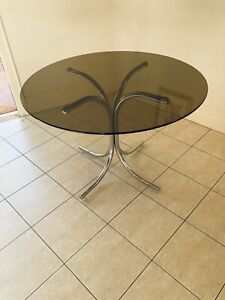 Retro glass round table steel base