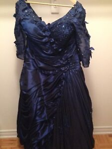 Blue Dress or Wedding Dress for the Mother BO