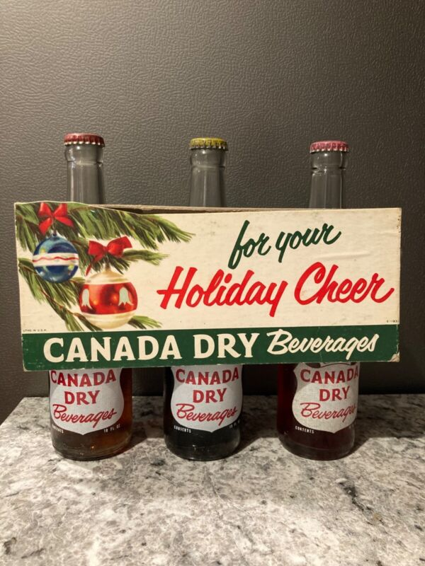 RARE Vintage Canada Dry cardboard bottle holder Holiday Cheer with 3 bottles