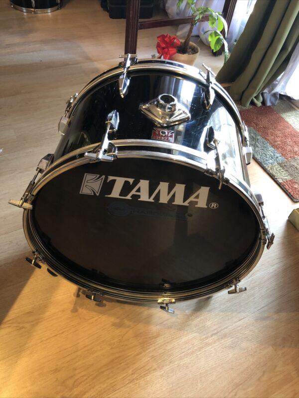 Vintage TAMA 22 Inch BASS DRUM Great Condition Japan 1983 Red T Badge No Mount