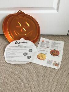 Wilton Jack-o-Lantern cake pan (smoke free home)