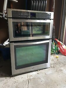 Whirlpool built-in microwave/oven combination