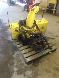 """Jhon deere 47"""" snow blower was on a 2025"""