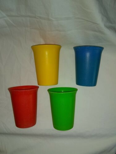4 Vintage Tupperware Bell Tumblers Glasses Cups Nesting ~109 G