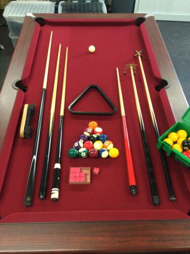 Pool table 6ft slate bed, Includes Balls, Cues, Cover Etc...