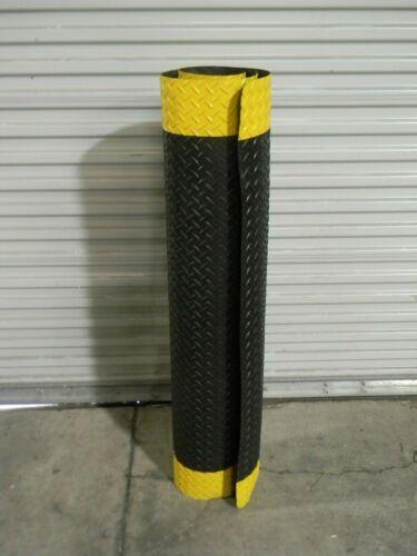 Pro Safe Heavy Duty Dry Anti-Fatigue Mat 6 Ft x 4 Ft Vinyl Sponge Black / Yellow
