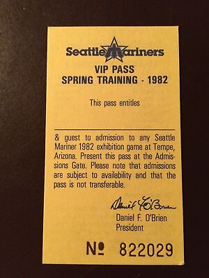 Seattle Mariners 1982 Mlb Pocket Schedule  Spring Vip Pass