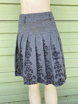 NWD ZARA GRAY Pleated Mini Skirt WITH BLACK FLORAL PRINT WOOL Size M 2272 READ!!