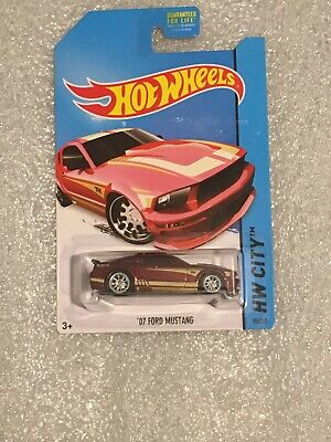 HOT WHEELS SUPER TREASURE HUNT 07 FORD MUSTANG RED In Protector