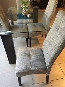 Glass Dining Room Table with 4 Grey Chairs