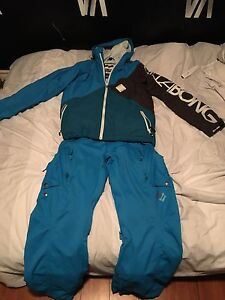 Name brand snowboarding gear
