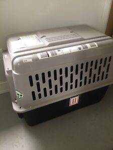 XL DOG CRATE (airplane approved)