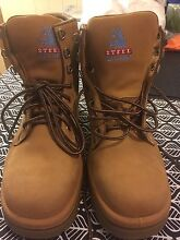 Brand new blue steel work boots Morningside Brisbane South East Preview