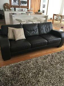 Pre-Loved Italian Leather couch Cremorne North Sydney Area Preview