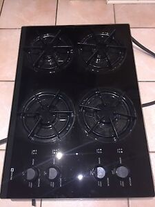 BRAND NEW! Never used, Gas Maytag cook top