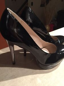 GORGEOUS Never Worn high Heels