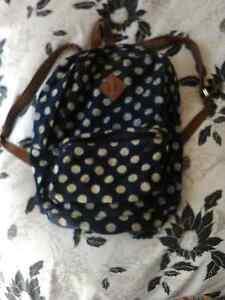 School bag Morisset Lake Macquarie Area Preview