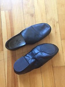 Women's Jazz Shoes - Sz 8.5
