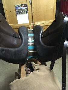 Voltaire Adelaide brown dressage saddle