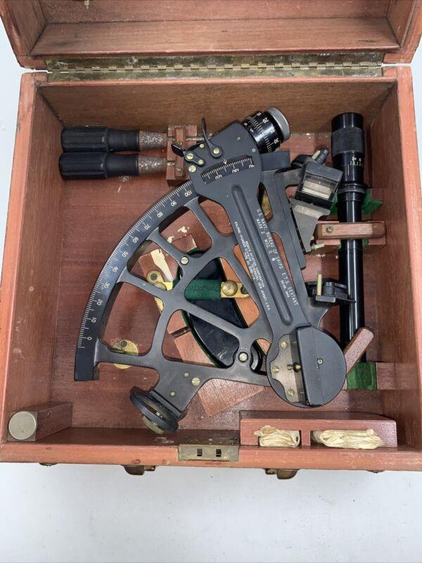 1943 WW2 U.S. NAVY SEXTANT MK 2 MOD O ORIGINAL WOOD BOX, PIONEER BENDIX AVIATION