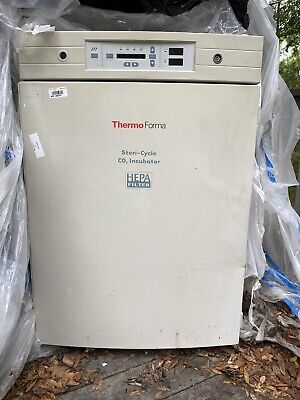 Thermo Scientific Forma 370 Steri-cycle Co2 Stacked Incubator