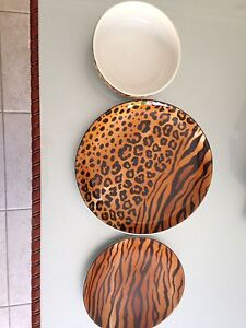 8 piece animal print dinner & side plates Brighton-le-sands Rockdale Area Preview