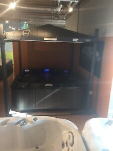 Jacuzzi Brand Hot Tub with Covana Electric Cover