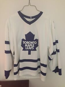 Men's Leas Jersey never worn size large