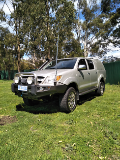 Toyota hilux duel cab 2007 sr5 packed with extras auto