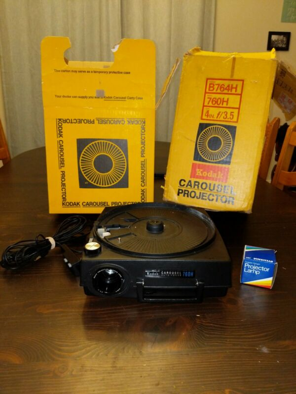 Kodak Carousel Auto Focus 760H Slide Projector W/ Lens, Remote. Tested