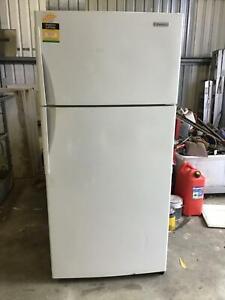 Westinghouse fridge and freezer
