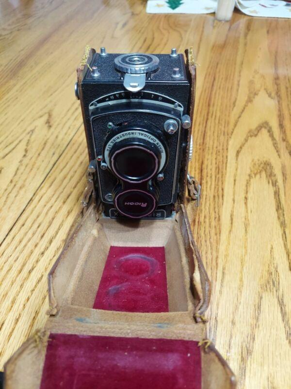 Super Ricohflex  Camera, Ricoh 3.5/80mm Lens