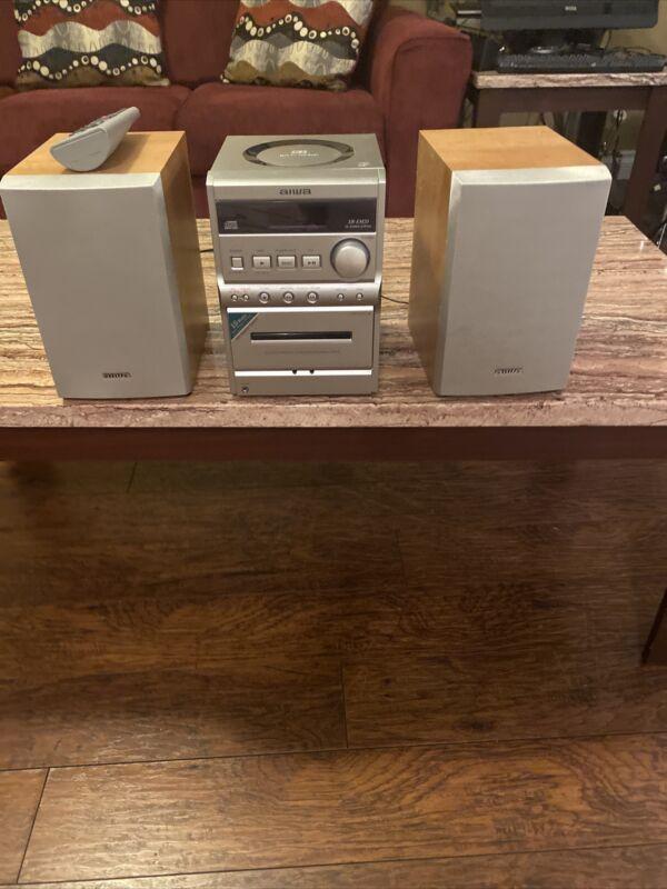 AIWA XR-EM20 AM/FM CD Cassette Compact Bookshelf Stereo System & Remote WORKS!