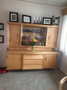 Vintage 60's china cabinet