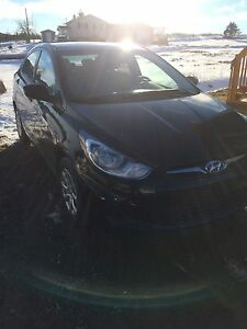 Hyundai Accent standard 2012 open to trades