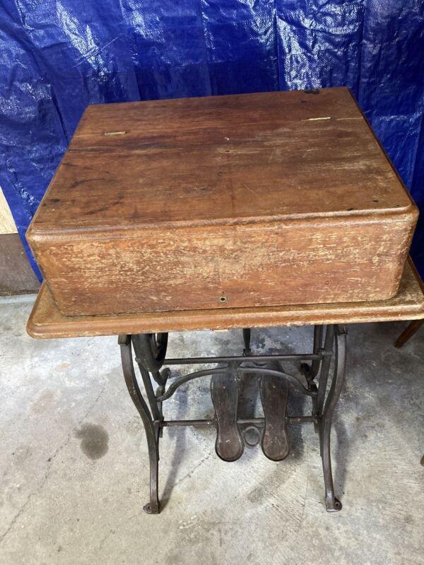 Antique Wheeler & Wilson Treadle Sewing Machine(free Greyhound Shipping)