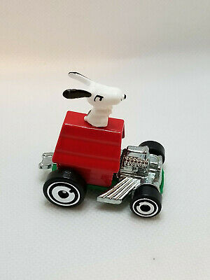 2018 Hot Wheels Screen Time Snoopy 1:64 SCALE LOOSE