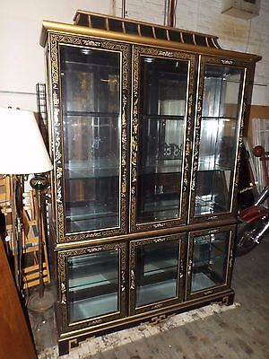 pulaski furniture large asian pagoda glass lighted china cabinet