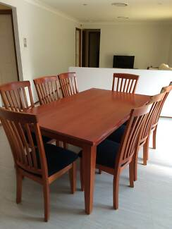 Solid Oak Dining Table With 8 Chairs Matching Buffet Available