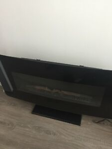BRAND NEW HIGH EFFICIENCY ELECTRIC FIREPLACE