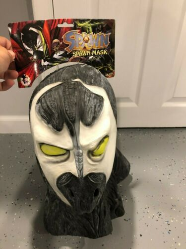 Todd McFarlane Spawn vintage Collegeville halloween latex mask. new with tags