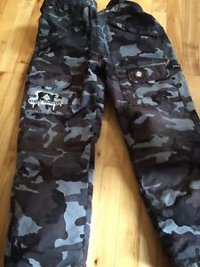 World Industries youth snowboard pant