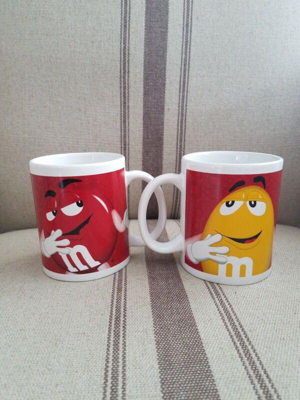 Mars M&M Coffee Mug Set Red & Yellow Characters (2)