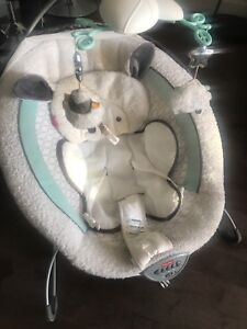 Transat Bébé Fisher Price / Baby bouncer Fisher Price