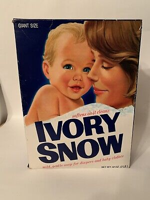 Vintage Ivory Snow Laundry Detergent King Size. Open Box About Half Full.