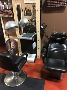 Complete hairstylist station!