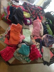 HUGE LOT OF GIRLS 18 MONTH CLOTHES!
