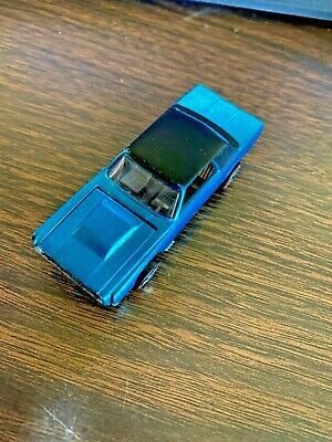 Hot Wheels US 1968 Custom T~Bird in Aqua with Black Roof Excellent Condition