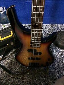 Bass guitar Peterborough Peterborough Area image 3